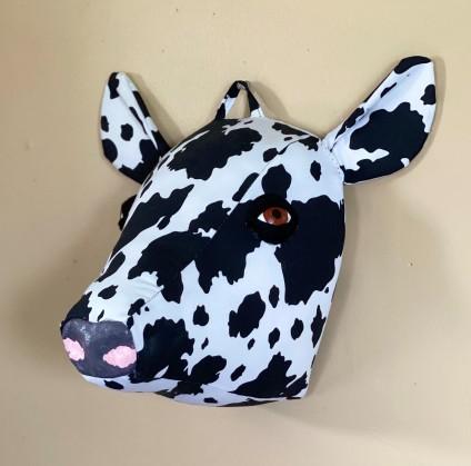 Sara Gratz, Holstein, fabric, clay, paint